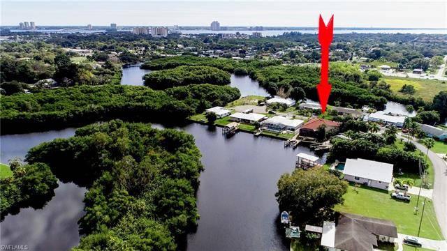 1298 Thompson ST, North Fort Myers, FL 33903
