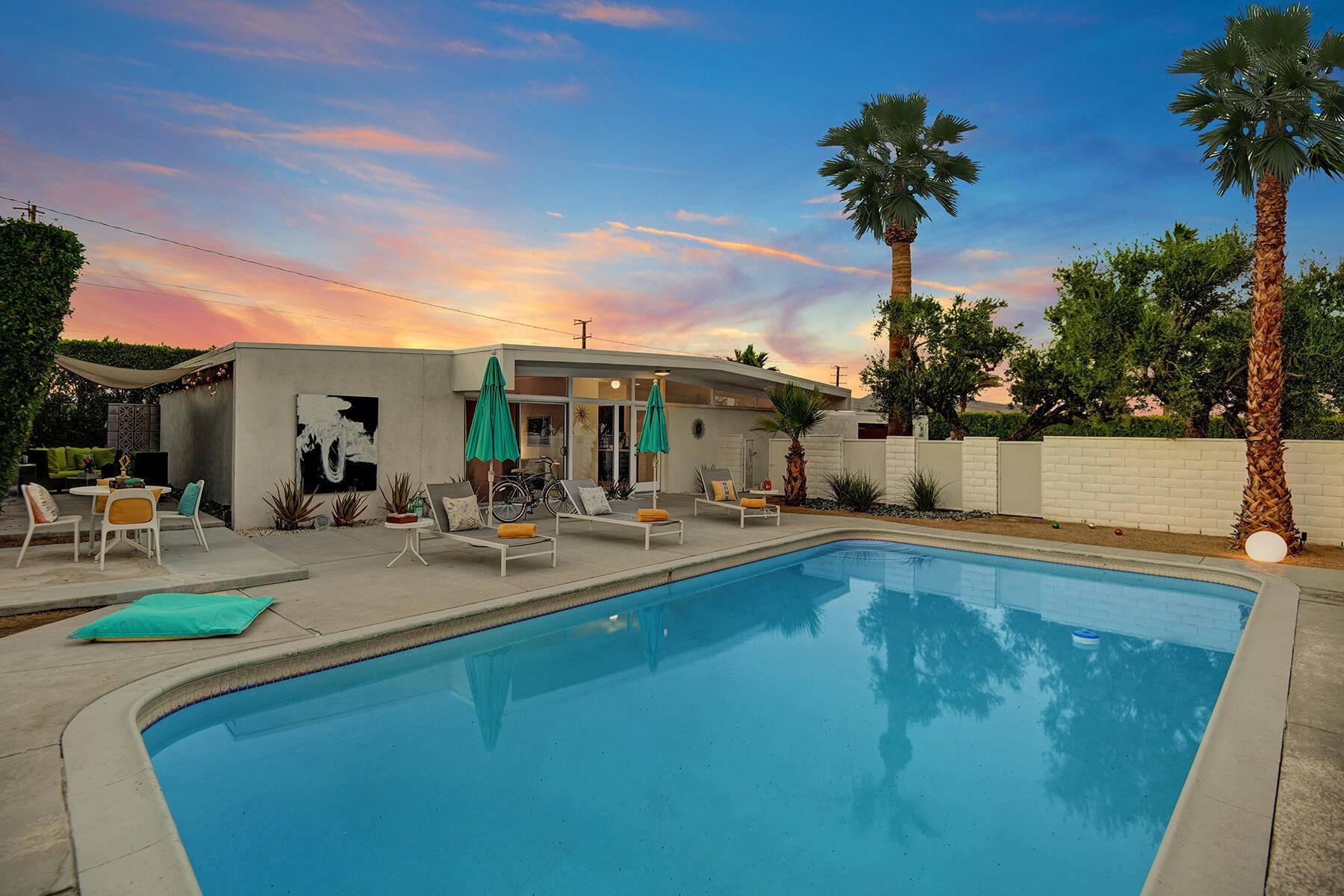 3390 E Paseo Barbara, Palm Springs, CA 92262 – 219062730 - Paul Kap...