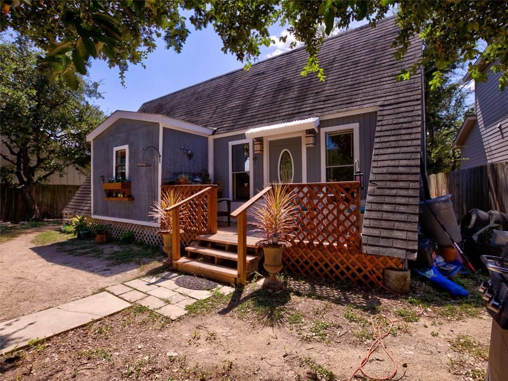 A frame 1/1 Austin home under $315K