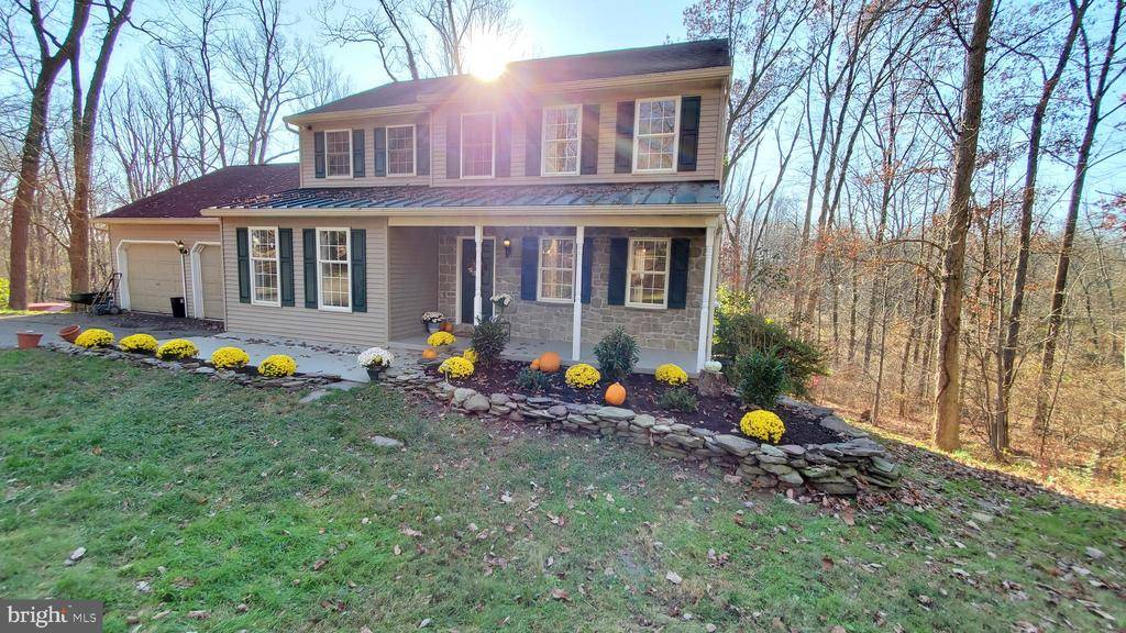 $330,000: 106 N TANGLEWOOD DR, Quarryville, PA 17566