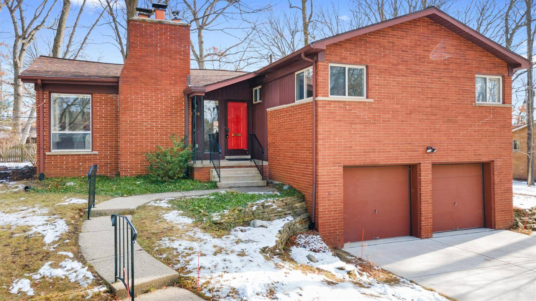 Homes for sale - 2119 Needham Road, Ann Arbor, MI 48104 – MLS#32780...